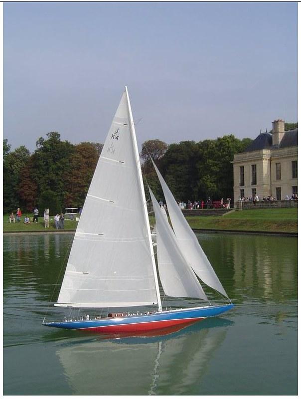 Endeavour sailboat model 17005756717_e167f05b8f_c