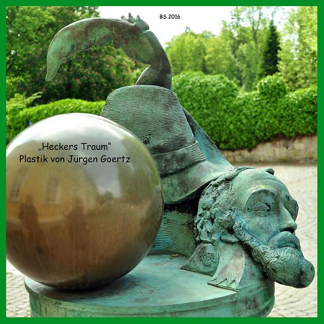 """Angelbachtal-Eikersheim. Gegenüber von Schlosspark steht das """"Heckerhaus"""", das Geburtshaus von Friedrich Hecker. Der badische Revolutionsführer Friedrich Hecker (1811 - 1881) war eine der schillerndsten Figuren der badischen (und deutschen) Revolution von 1848/49. Noch heute sind Begriffe wie """"Heckerhut"""" (mit der typischen Feder) und """"Heckerlied"""" bekannt. Fotos: Brigitte Stolle, Mai 2016"""