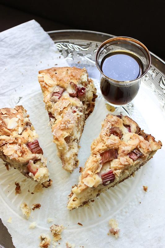 Rustic Sour Cream & Rhubarb Cake