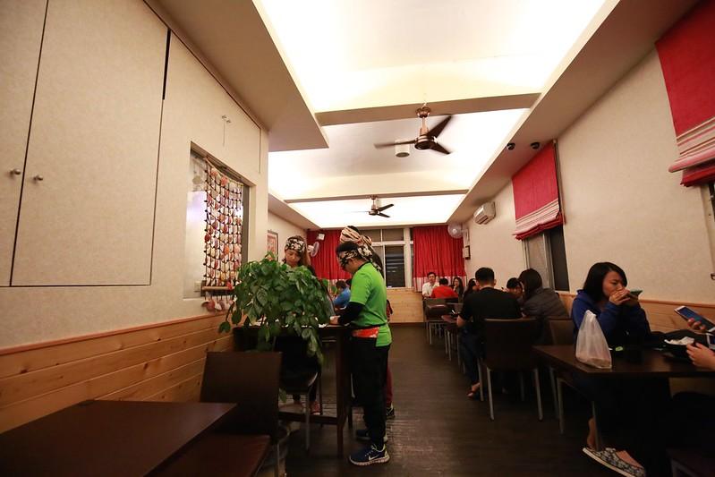 餐廳搬新位置的用餐區