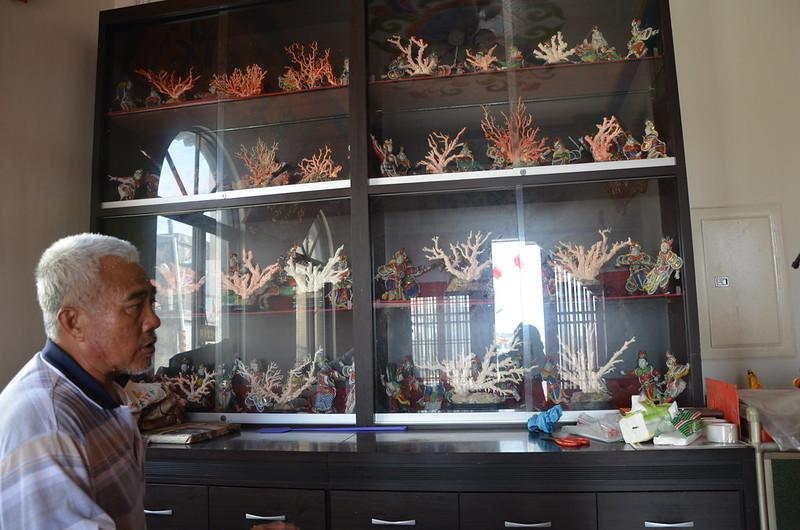 廟裡的紅珊瑚。攝影:潘佳修。
