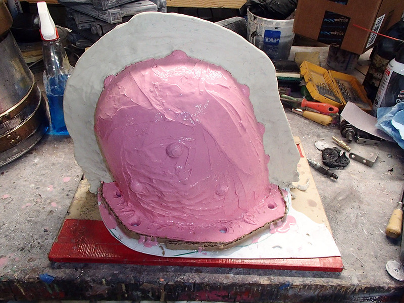 Shae Helmet Mothermold Parting Wall