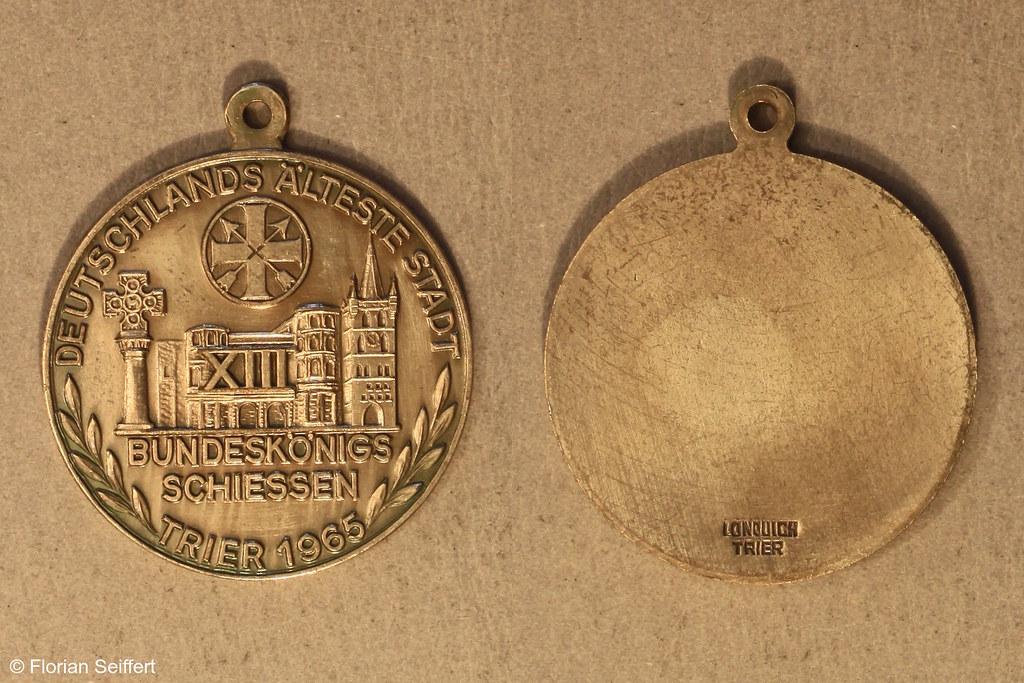 Koenigsschild Flittard von bundeskoenigsschiessen aus dem Jahr 1965