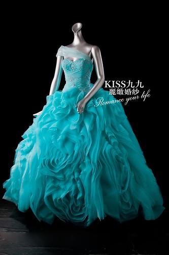 拍照婚紗和宴客禮服怎麼選?讓高雄kiss99婚紗告訴你:宴客用禮服 (9)
