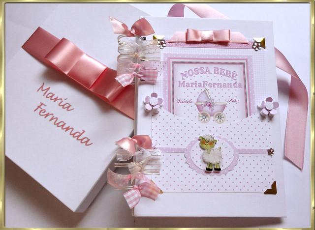 Livro-do-bebê-Rosé-fotos-menina