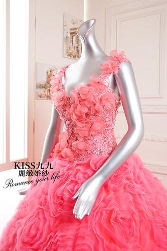 拍照婚紗和宴客禮服怎麼選?讓高雄kiss99婚紗告訴你:宴客用禮服 (6)