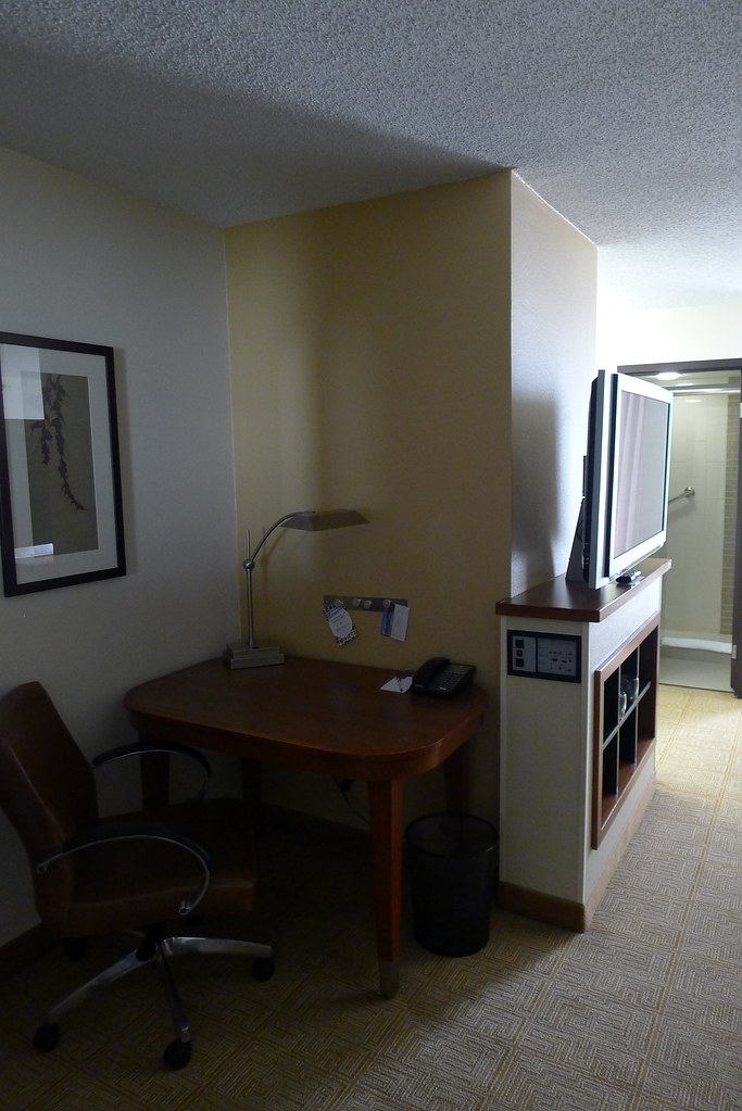 hyatt place nashville opryland double room with workdesk. Black Bedroom Furniture Sets. Home Design Ideas