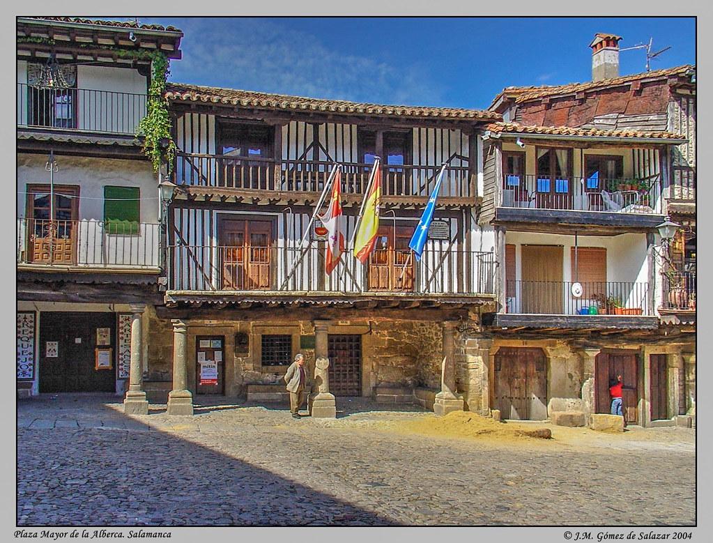 Plaza mayor de la alberca salamanca espa a plaza mayo for Alberca pueblo de salamanca