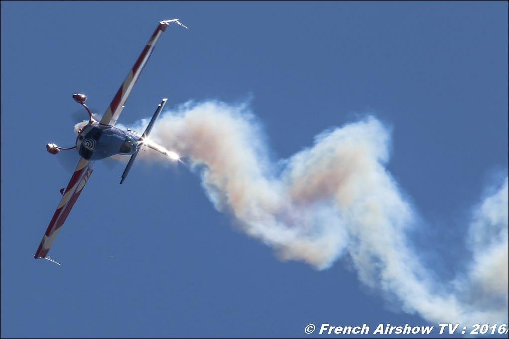 L' Extra 330 SC Equipe de Voltige de l'Armée de l'Air , Aerorotorshow 2016 , meeting aerien chabeuil valence 2016, Meeting Aerien 2016 , Canon Reflex , EOS System , Meeting Aerien 2016