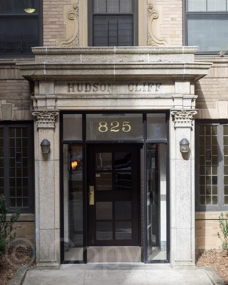 825 west 187th street apartment building entrance hudson