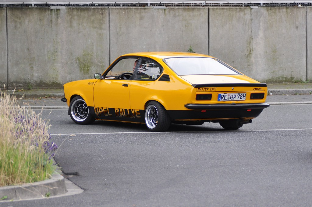 opel kadett rallye 1 6s 1978 garage 10 garage meeting me flickr. Black Bedroom Furniture Sets. Home Design Ideas
