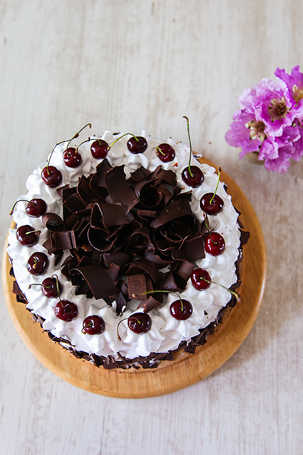 how to make cherry syrup for black forest cake