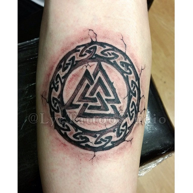 valhalla symbol tattoo tattoos inked ink tattooar. Black Bedroom Furniture Sets. Home Design Ideas