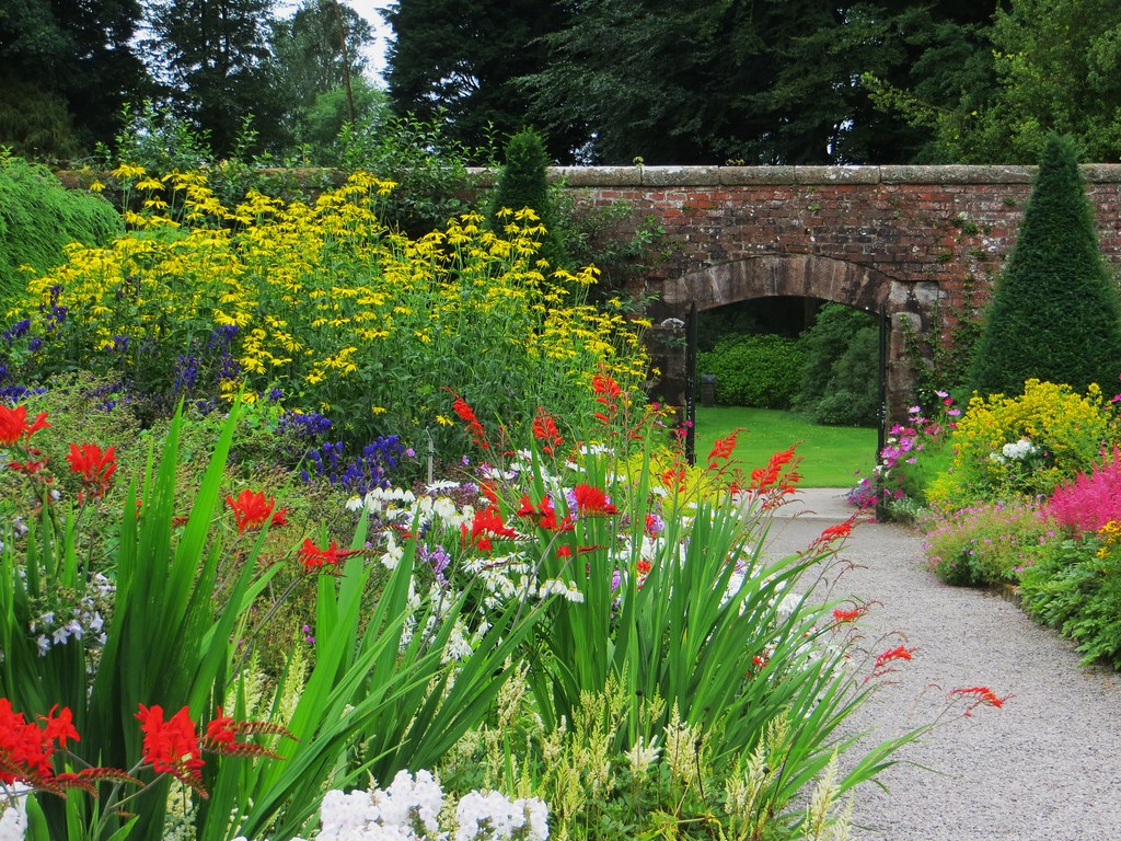 Walled Garden Threave House Xixe Castle Douglas Gallo