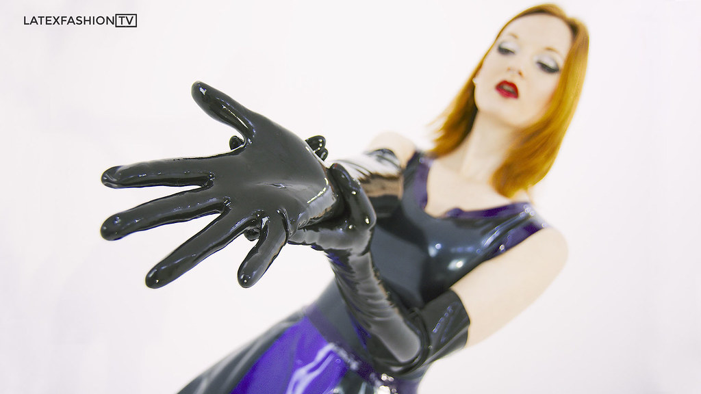 Dark haired housewife Erin Marxxx undresses for nude poses in latex gloves  1790614