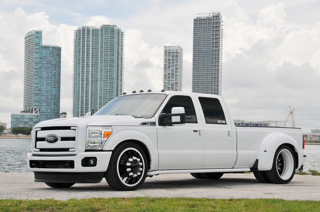 Lowered 8 Lug Customs Ford Dually On 24 Quot Fusion American