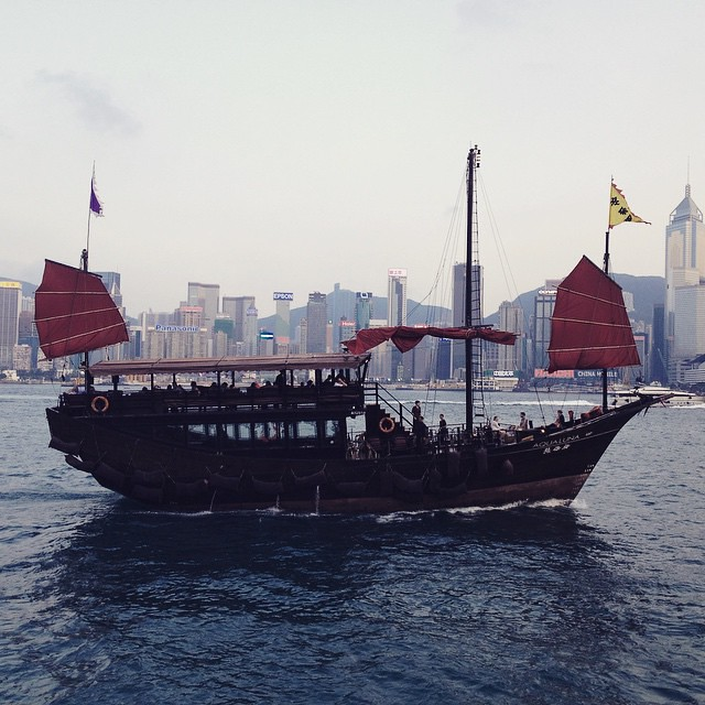 Meanwhile, in the #hongkong harbor... #rrgoeast