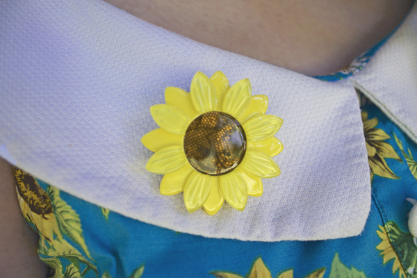 erstwilder sunflower brooch