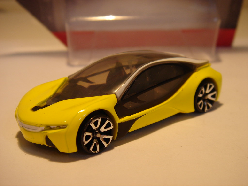 cr bmw i8 1 64 not a hot wheels copy as such but. Black Bedroom Furniture Sets. Home Design Ideas