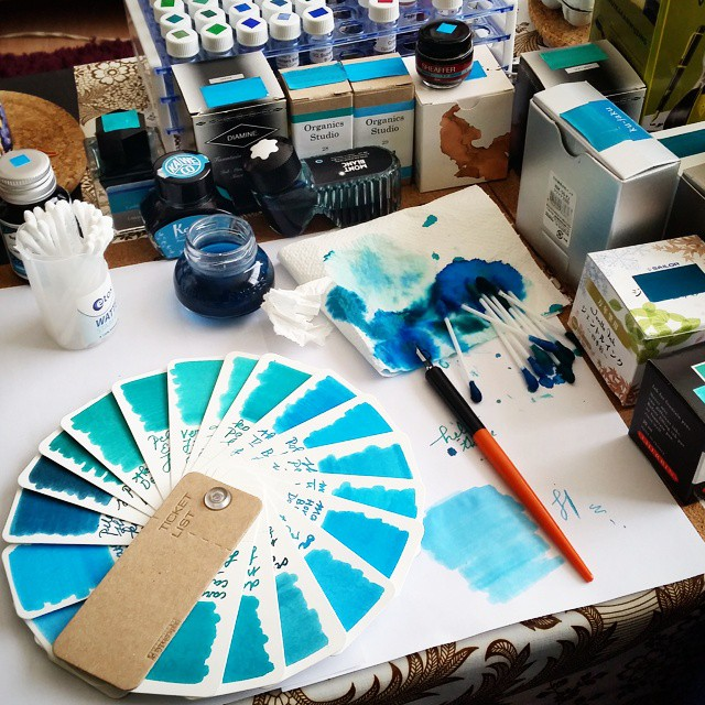 Made a pallet of the turquoise/teal inks I have by using the ticket booklet by #letypographe which I got at @misc_store_ams