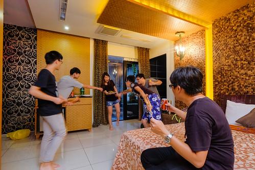 汽車旅館也可以烤肉!來台南媜13汽車旅館空中花園烤肉去 (11)