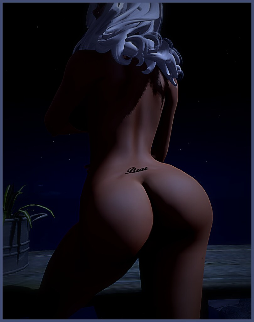 Full Moon Ass 64