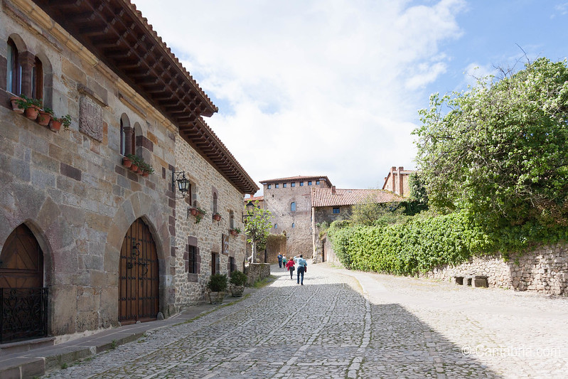 Santillana del mar abril 2015-36.jpg