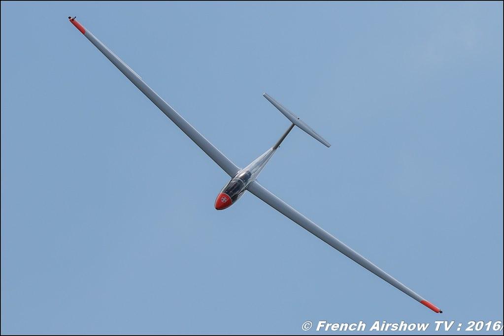 Planeur Voltige , F-CLIN - ASK-21 ,Les planeurs de Challes CSVVA , Meribel Air Show , 2016 , meribel airshow , les 3 vallees , Méribel LFKX/MFX