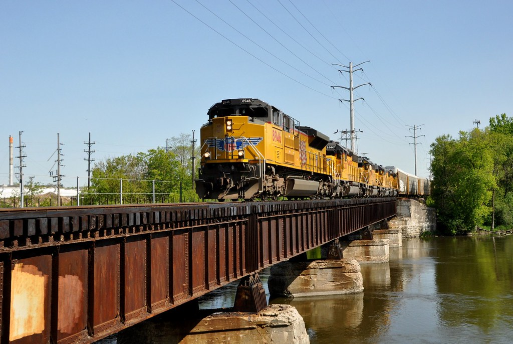 Union Pacific Sd 70ah At Elgin Il Today S Belvidere