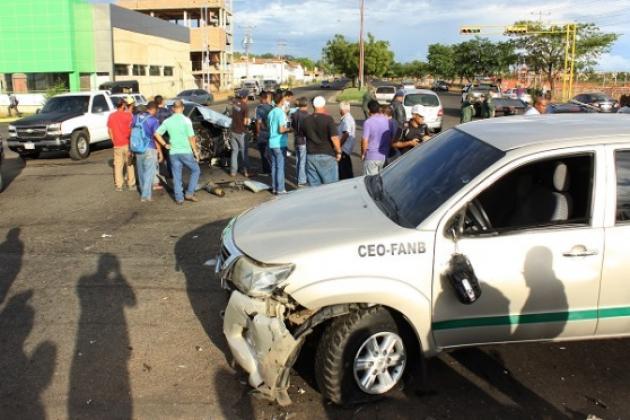Cuatro vehículos colisionan al final del Paseo Caroní, en Puerto Ordaz