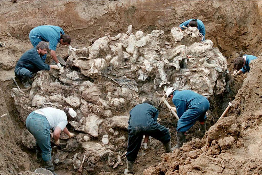 Srebrenitsa ile ilgili görsel sonucu