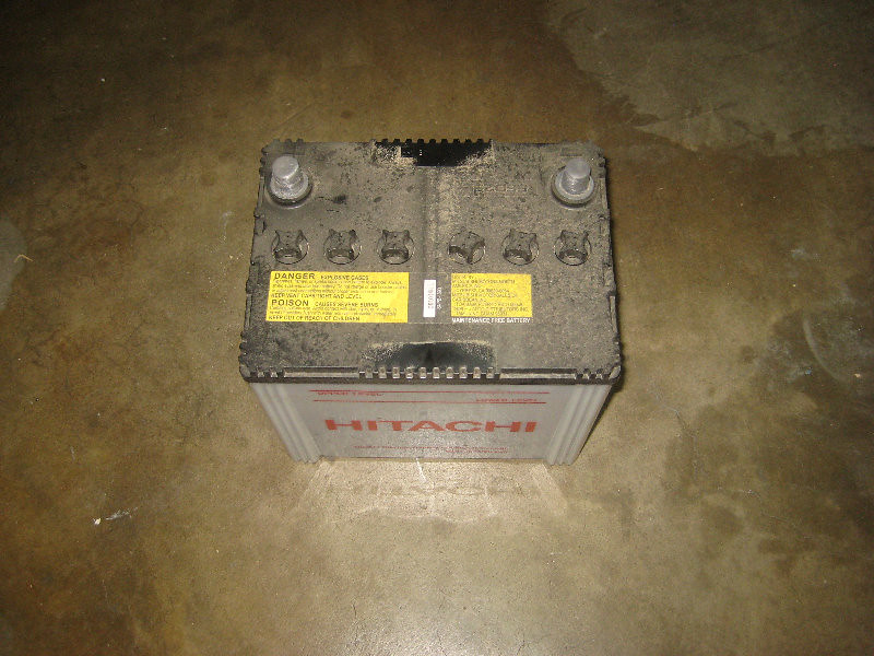 2012 2016 Mitsubishi Mirage 12v Automotive Battery Removed Flickr