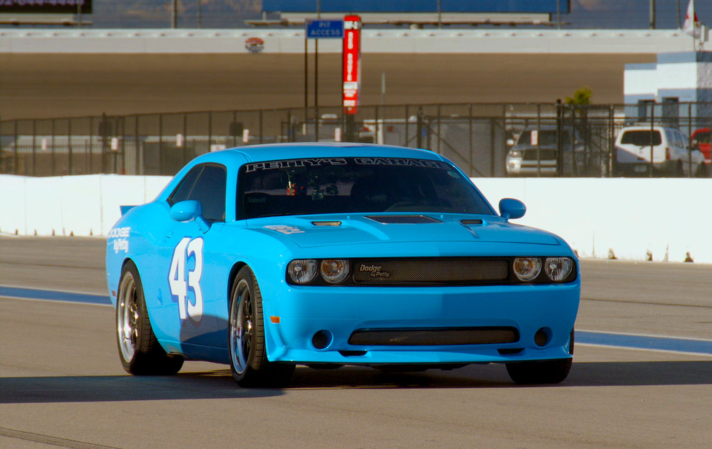 Petty S Garage 1000hp Supercharged 426ci Dodge Challenger