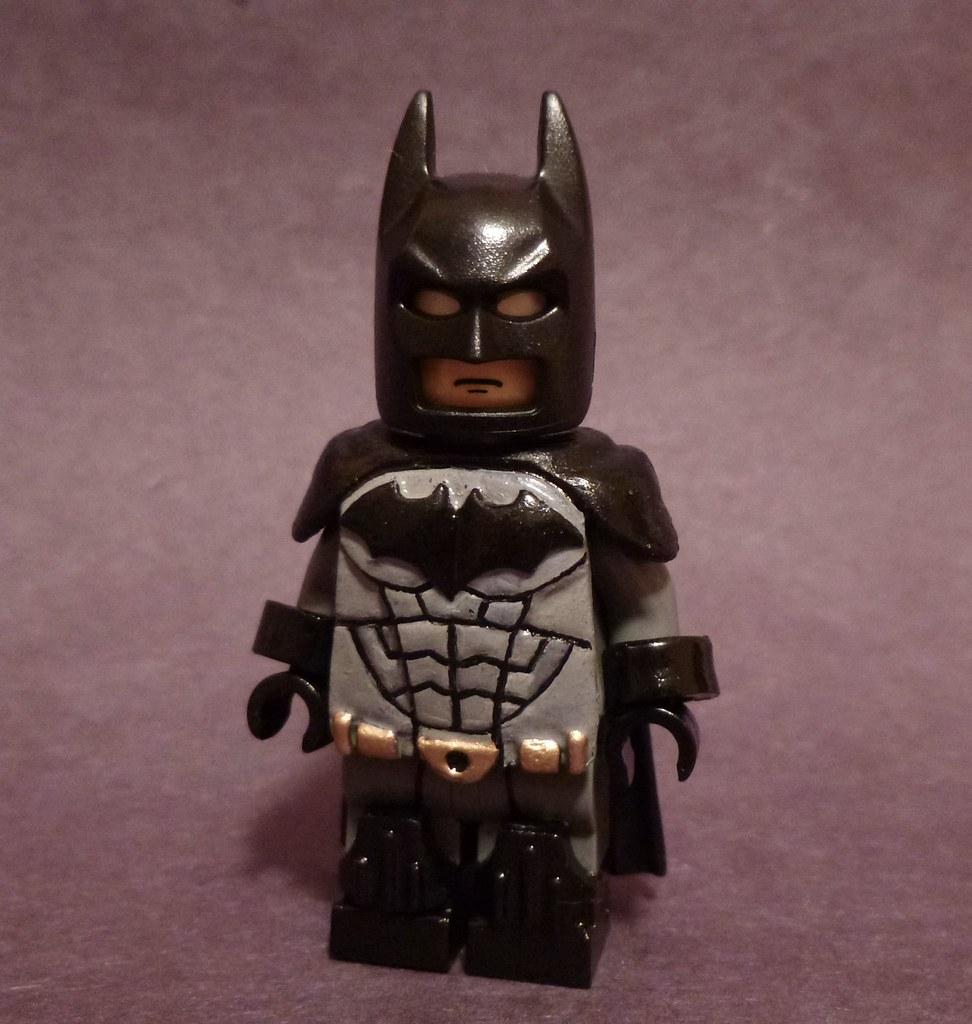 Lego Batman Arkham Knight: Custom Painted Lego Batman Minifigure