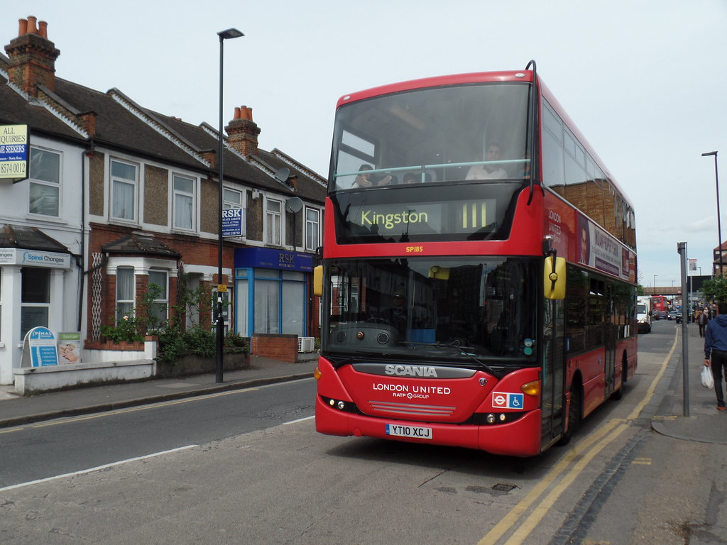 united sp185 near to hounslow garage on route 1 simon flickr