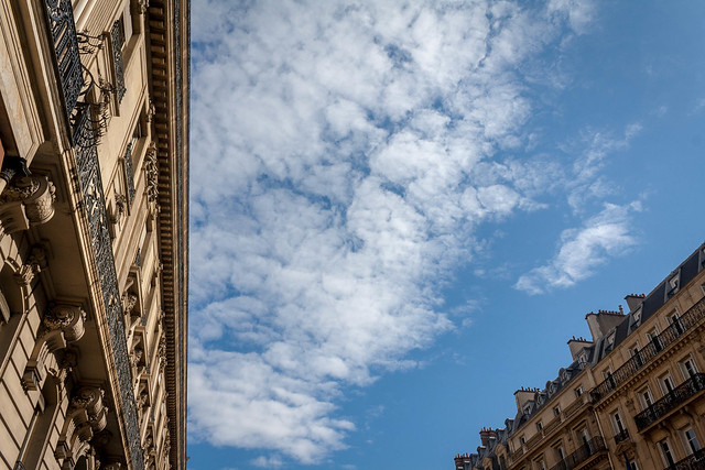 Blue skies, Paris