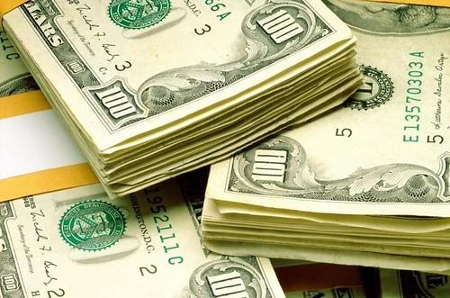 Гроші кредит гривні долари