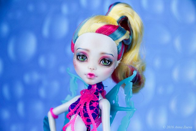 OOAK repaint of MonsterHigh Lagoona Blue