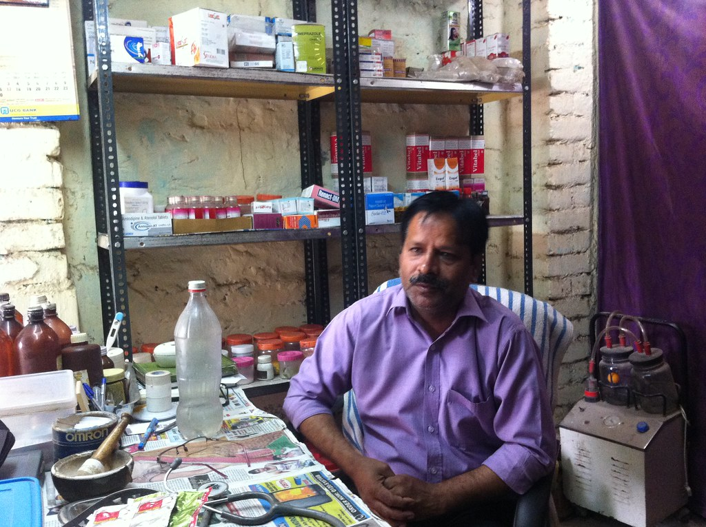 AK Sharma prescribes medicines, including antibiotics, despite not having a medical degree.
