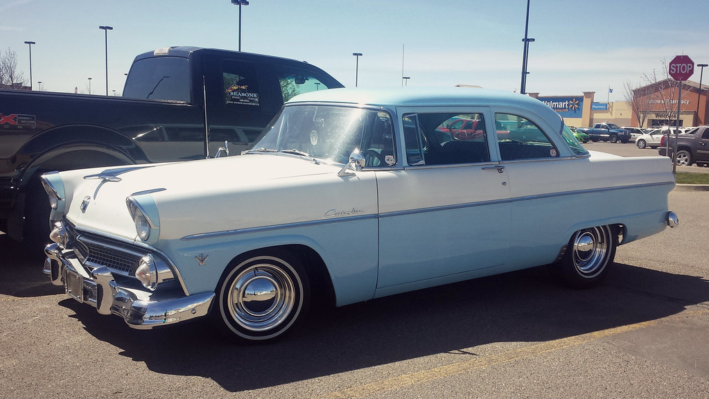 1955 ford customline a very nice two tone and two door for 1955 ford customline 2 door
