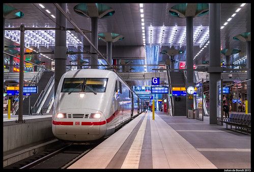 03-05-15 DB ICE 401 506, Berlin HBF