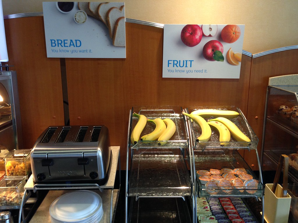 Fruits and toaster
