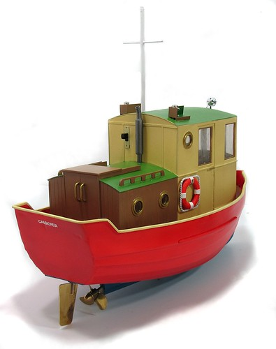 Red boat rear