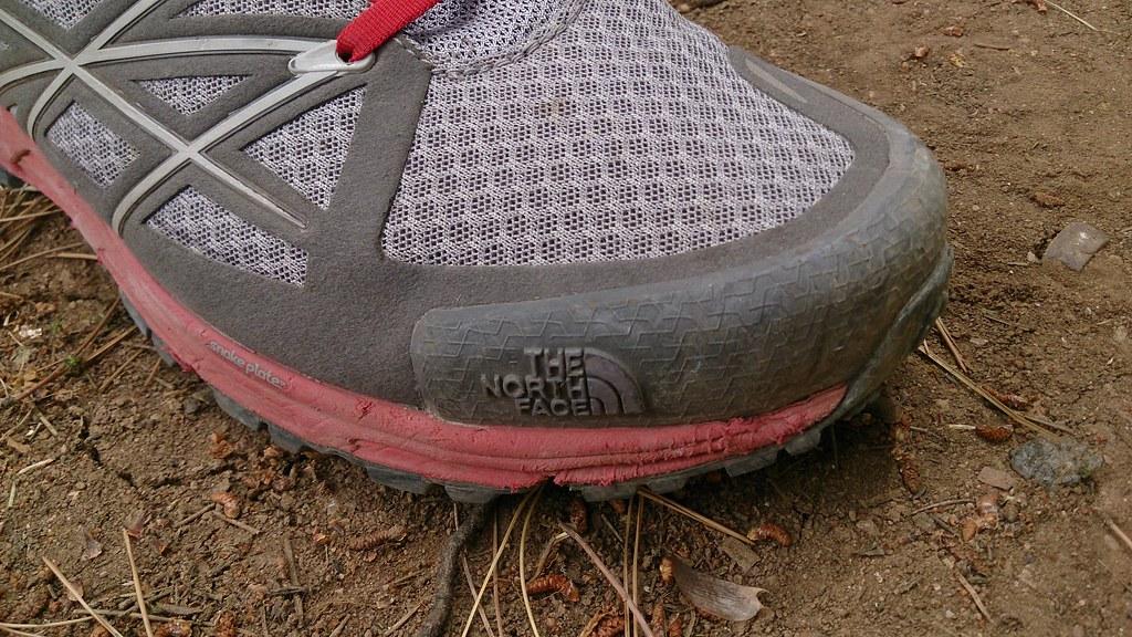 Αδικεί το παπούτσι η εικόνα της μεσόσολας