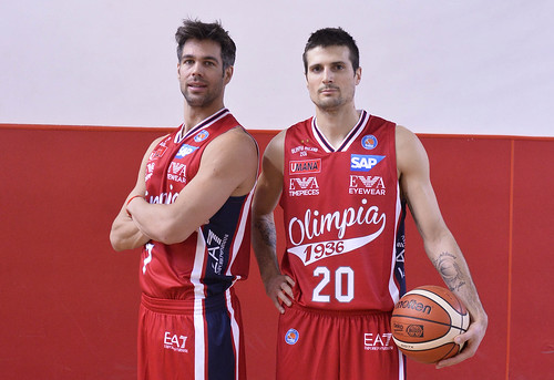 maglie-olimpia-milano-playoff-2016