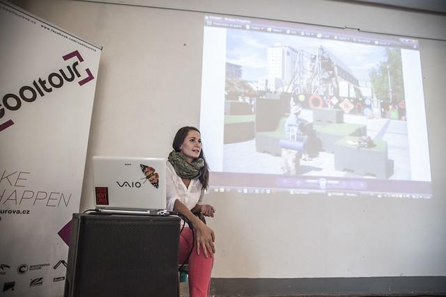 Přednáška: Klára Hajdinová vzhůru nohama