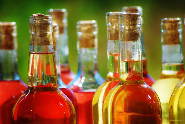 spirits analysis of food dyes in beverages