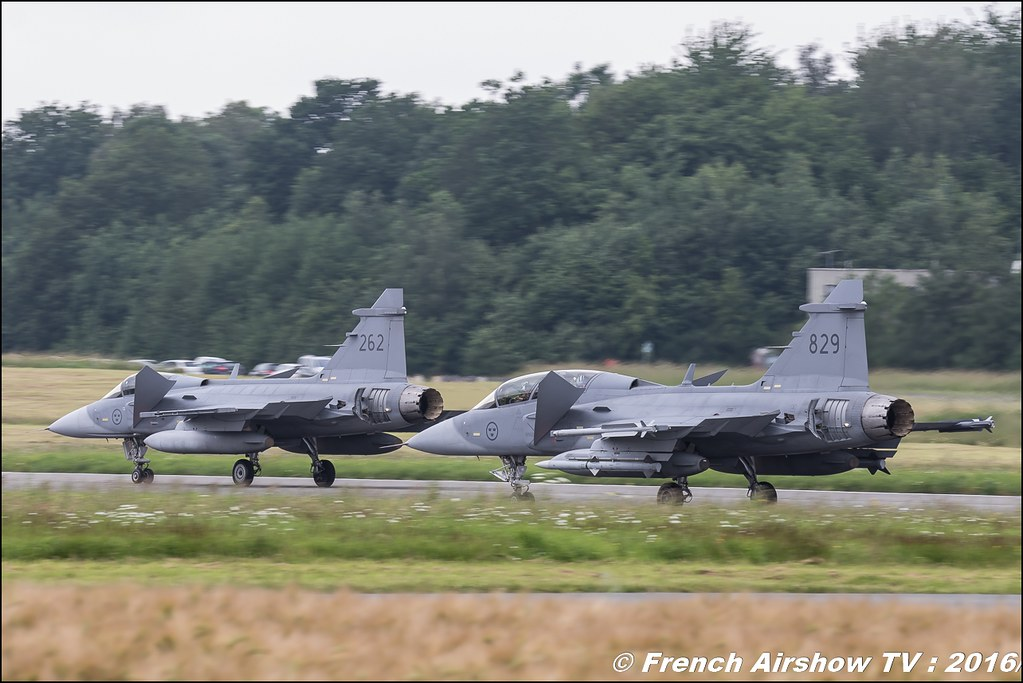 JAS-39 Gripen SUEDE ,Belgian Air Force Days 2016 , BAF DAYS 2016 , Belgian Defence , Florennes Air Base , Canon lens , airshow 2016