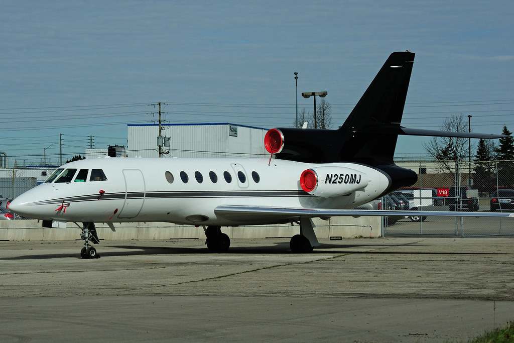N250MJ | N250MJ - Dassault Falcon 50 - private (reg. to ...
