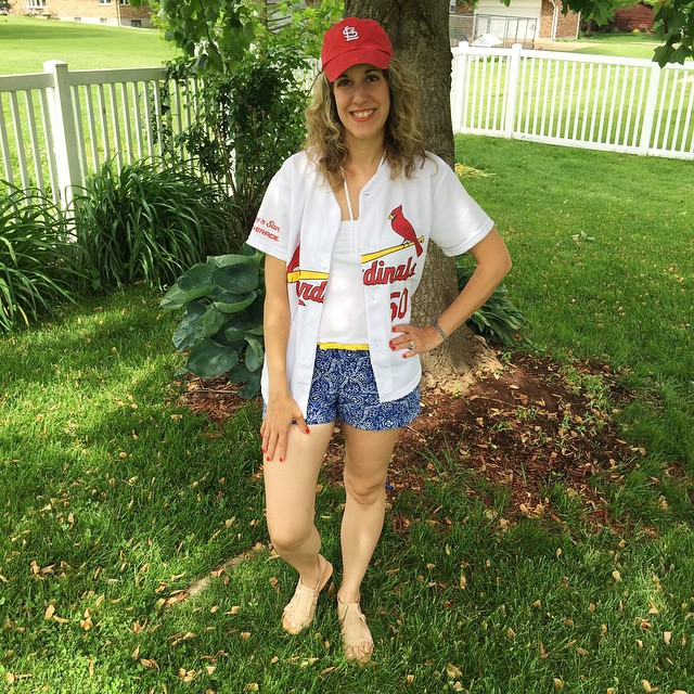 Happy Memorial Day!!!  Sharing my last ❤️red❤️ ⚪️white⚪️ and 💙blue💙 outfit today! Can you guess where I'm headed?!! 🍺🍺🍺⚾️⚾️⚾️😎😎:sungla
